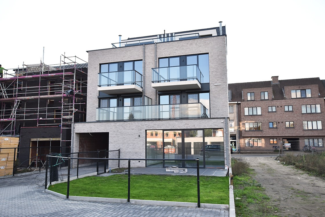 Prachtig penthouse met 2 slaapkamers en 2 terrassen op toplocatie in het centrum van Wommelgem afbeelding 21
