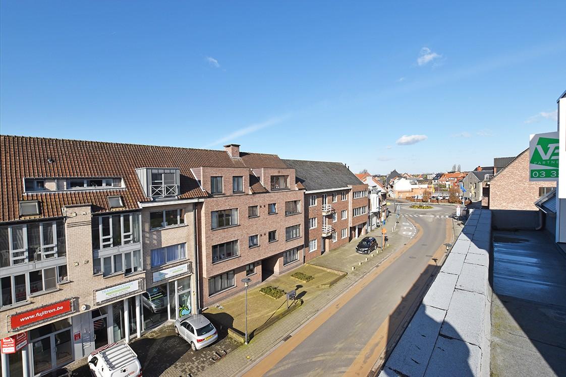 Prachtig penthouse met 2 slaapkamers en 2 terrassen op toplocatie in het centrum van Wommelgem afbeelding 25