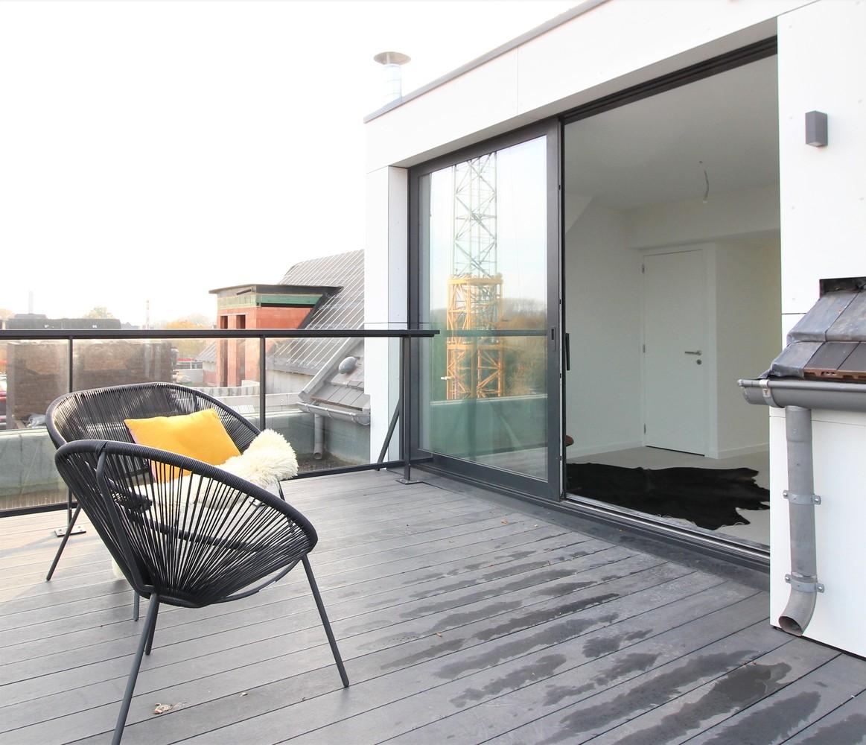 Prachtig penthouse met 2 slaapkamers en 2 terrassen op toplocatie in het centrum van Wommelgem afbeelding 16