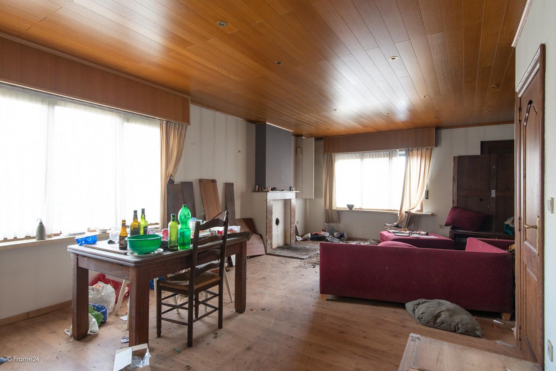 Te renoveren woning op gigantisch perceel (2300m²) te Herentals afbeelding 3