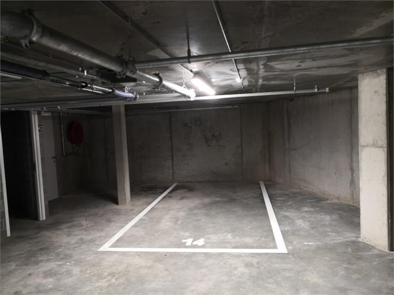 Verschillende ondergrondse staanplaats te huur in Residentie Campus te Antwerpen! afbeelding 2