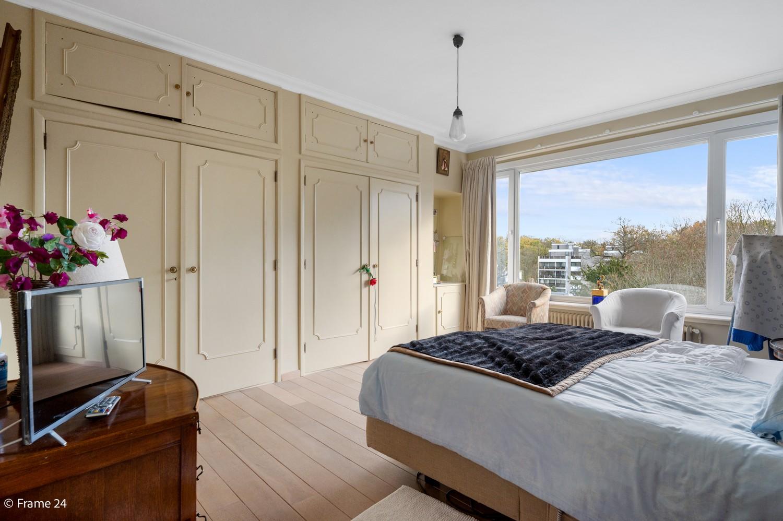 Prachtig appartement (220m²) met terras aan het nachtegalenpark in Antwerpen! afbeelding 17