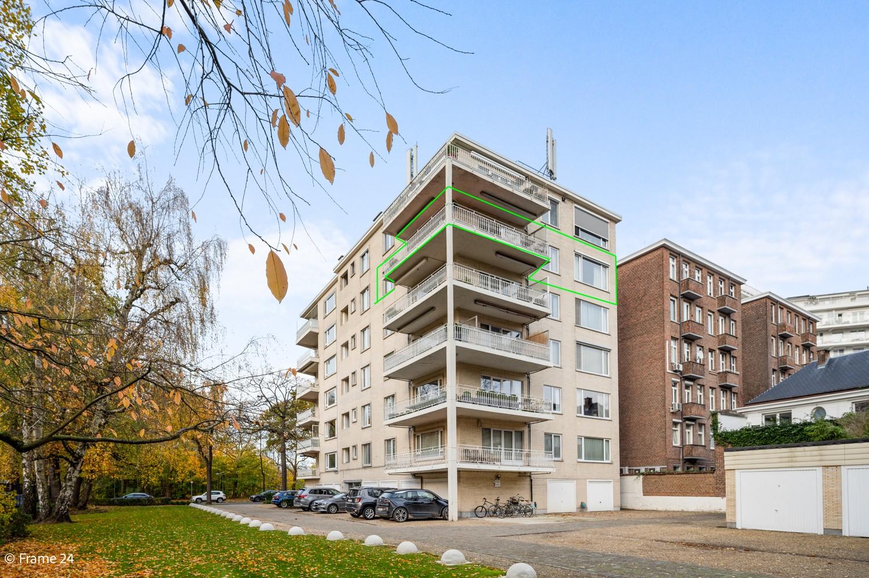 Prachtig appartement (220m²) met terras aan het nachtegalenpark in Antwerpen! afbeelding 1