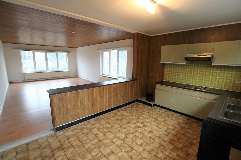 Ruim 2-slaapkamer appartement (108m²) met terras op rustige locatie te Stabroek! afbeelding 2