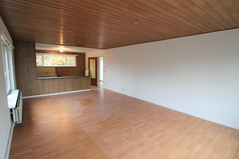 Ruim 2-slaapkamer appartement (108m²) met terras op rustige locatie te Stabroek! afbeelding 3
