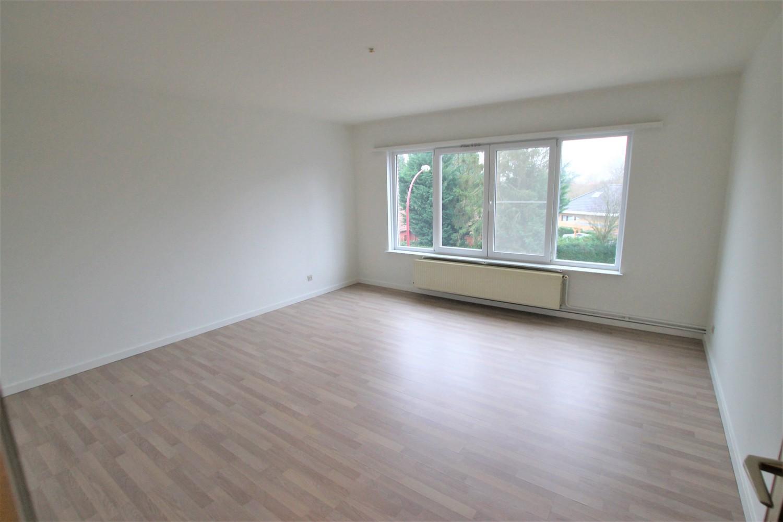 Ruim 2-slaapkamer appartement (108m²) met terras op rustige locatie te Stabroek! afbeelding 7