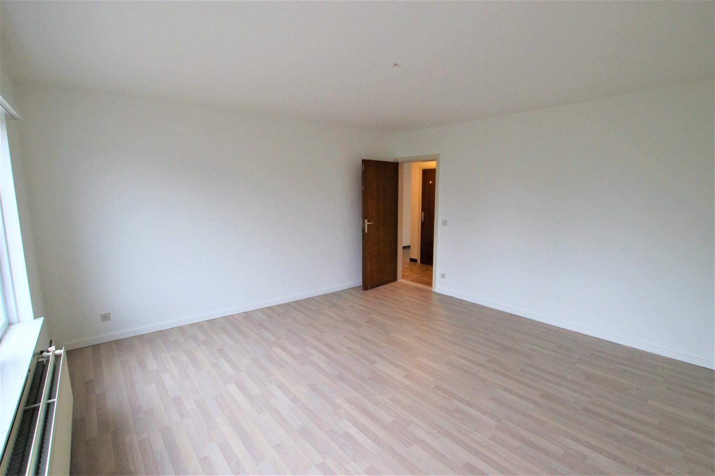 Ruim 2-slaapkamer appartement (108m²) met terras op rustige locatie te Stabroek! afbeelding 8