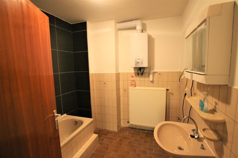 Ruim 2-slaapkamer appartement (108m²) met terras op rustige locatie te Stabroek! afbeelding 9