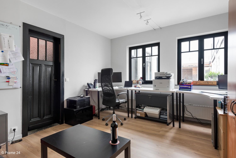 Charmante bel-étage woning met inpandige garage, tuin én opslagplaats te Wijnegem! afbeelding 15