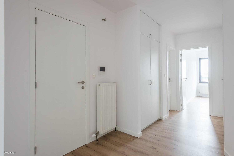 Volledig vernieuwd appartement (+/- 100 m²) met 2 slaapkamers en 2 terrassen te Deurne! afbeelding 6