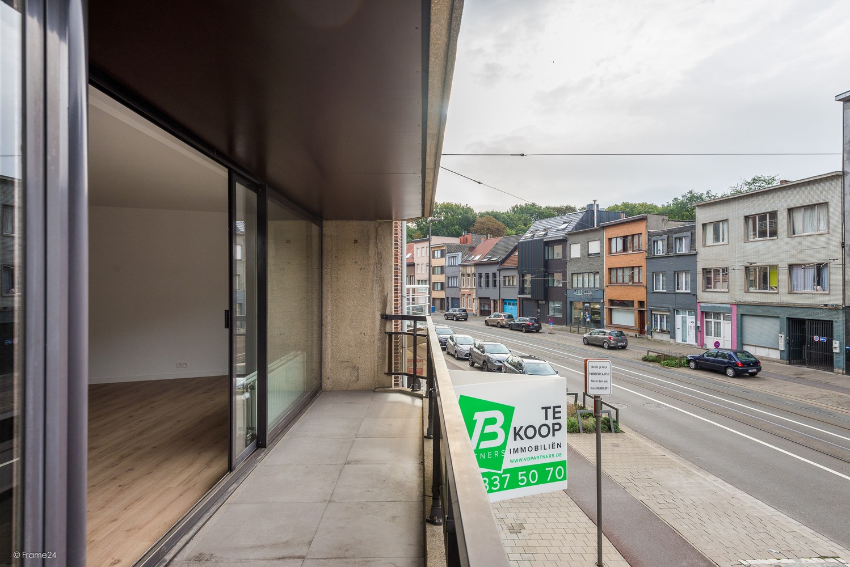 Volledig vernieuwd appartement (+/- 100 m²) met 2 slaapkamers en 2 terrassen te Deurne! afbeelding 12