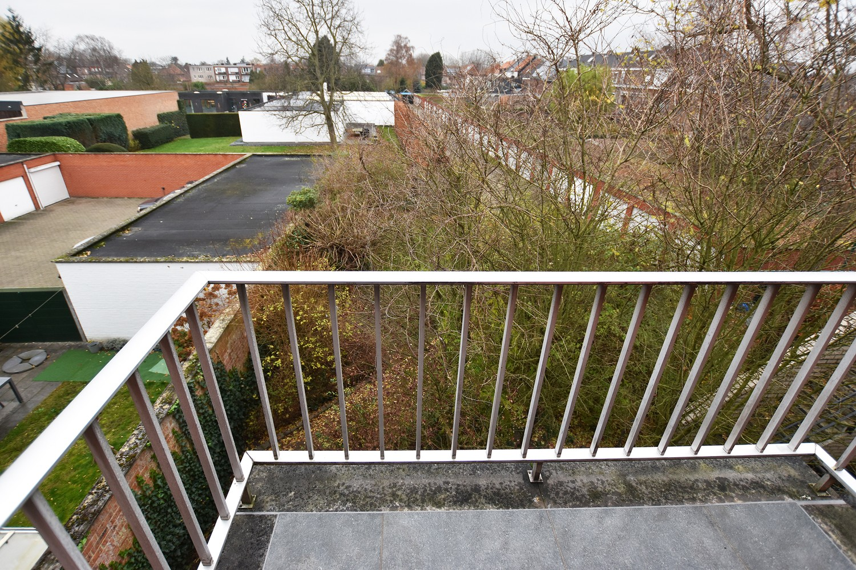 Volledig gerenoveerd en ruim appartement in het centrum van Wijnegem! afbeelding 11