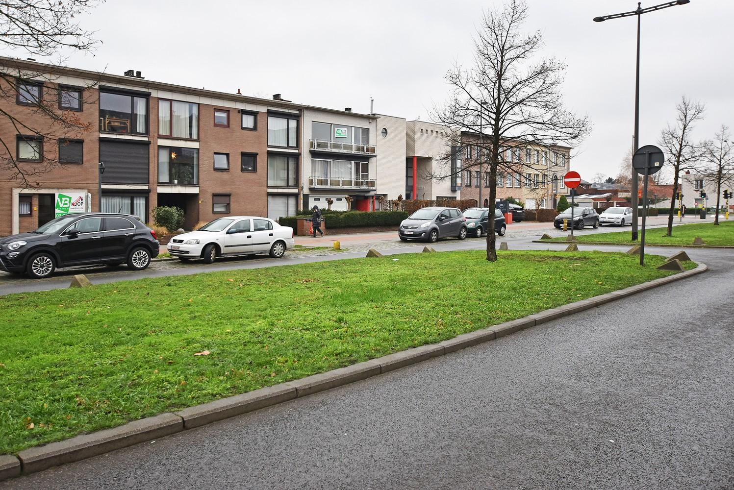 Volledig gerenoveerd en ruim appartement in het centrum van Wijnegem! afbeelding 12