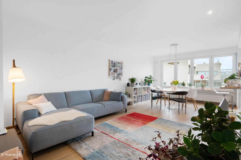 Zeer mooi appartement met 2 slaapkamers en terras te Deurne afbeelding 3