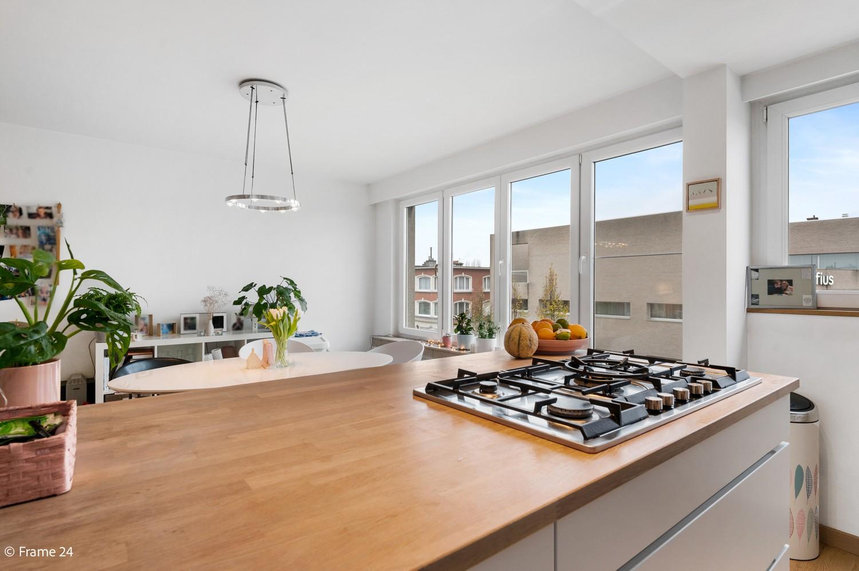Zeer mooi appartement met 2 slaapkamers en terras te Deurne afbeelding 8