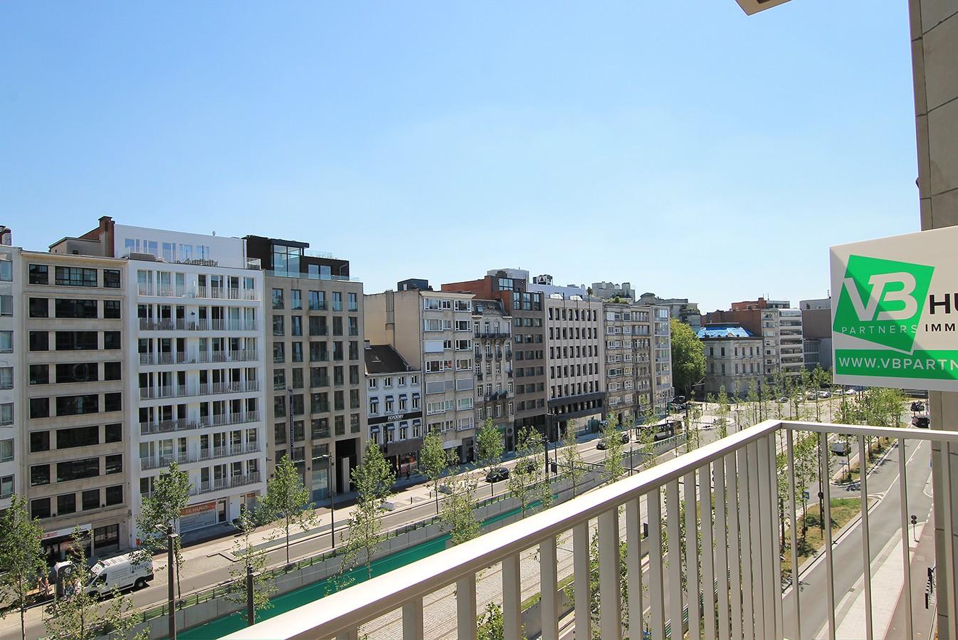 Leuk appartement met twee slaapkamers & lift op een centrale locatie! afbeelding 2