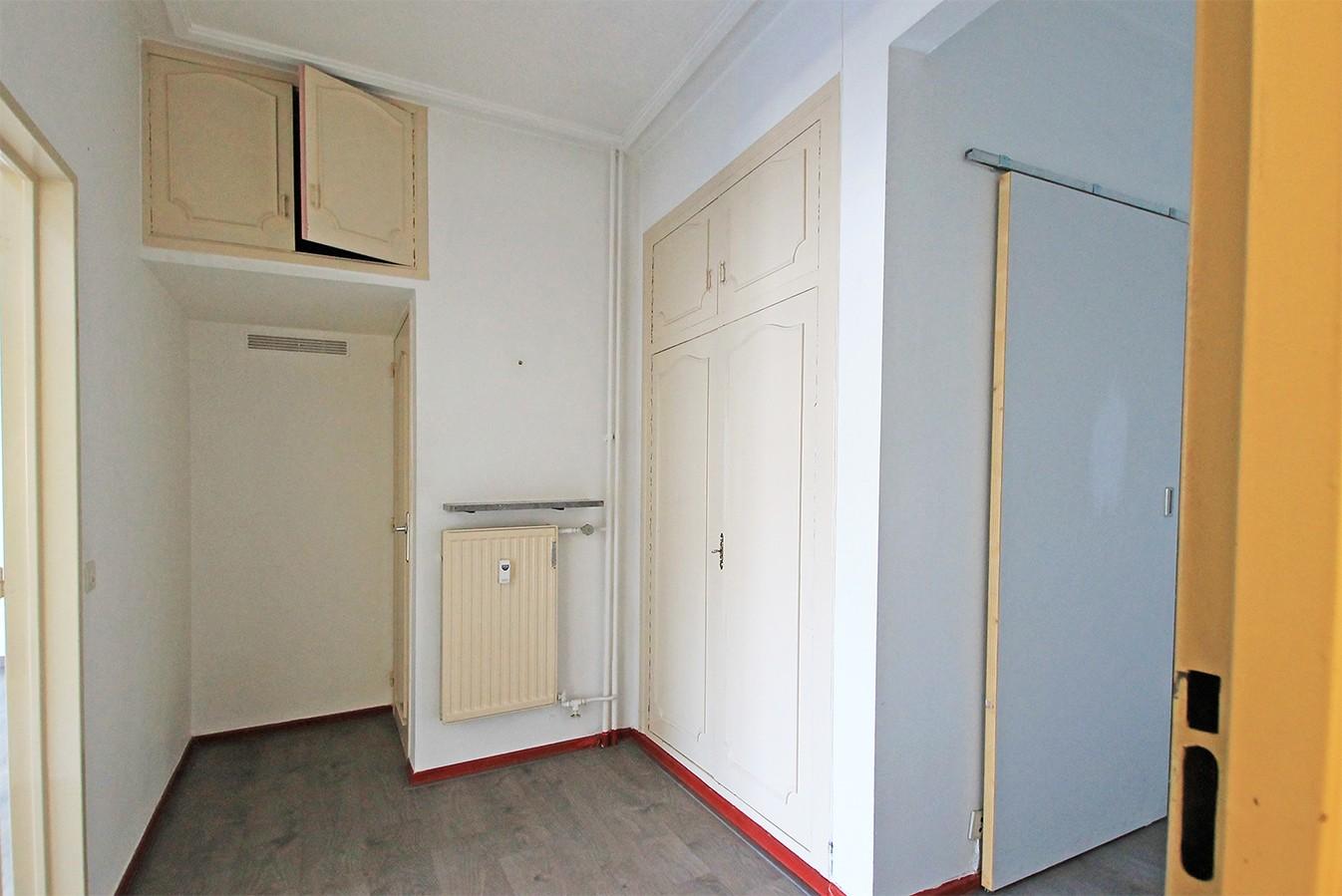 Leuk appartement met twee slaapkamers & lift op een centrale locatie! afbeelding 6