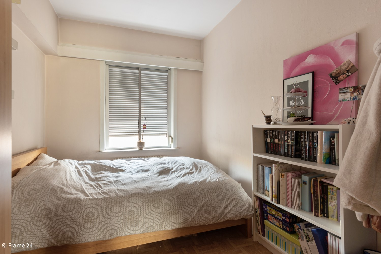 Instapklaar appartement met twee slaapkamers en terras te Merksem! afbeelding 4