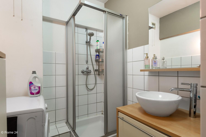 Instapklaar appartement met twee slaapkamers en terras te Merksem! afbeelding 12