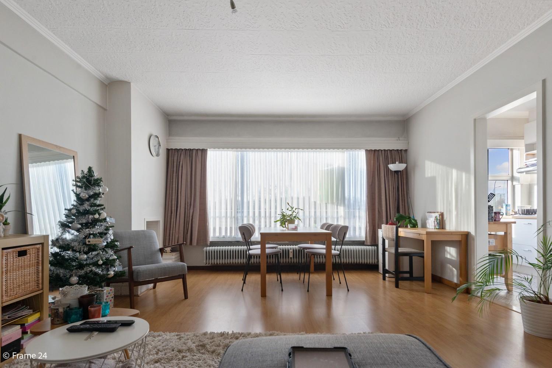 Instapklaar appartement met twee slaapkamers en terras te Merksem! afbeelding 3