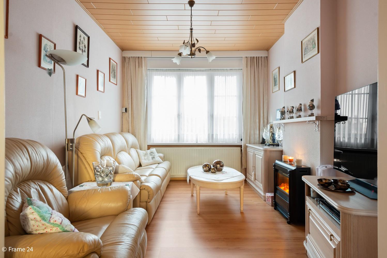 Verrassend ruime woning met 3 slaapkamers & grote tuin op een zeer centrale locatie in Emblem afbeelding 7