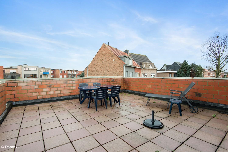 Commercieel gebouw (415m²) met handelsruimte & woonst op gunstige locatie in Wijnegem! afbeelding 18