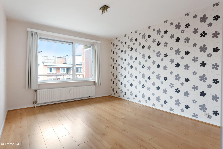 Zeer verzorgd appartement met twee slaapkamers, terras én lift te Deurne! afbeelding 9