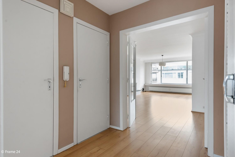 Zeer verzorgd appartement met twee slaapkamers, terras én lift te Deurne! afbeelding 7