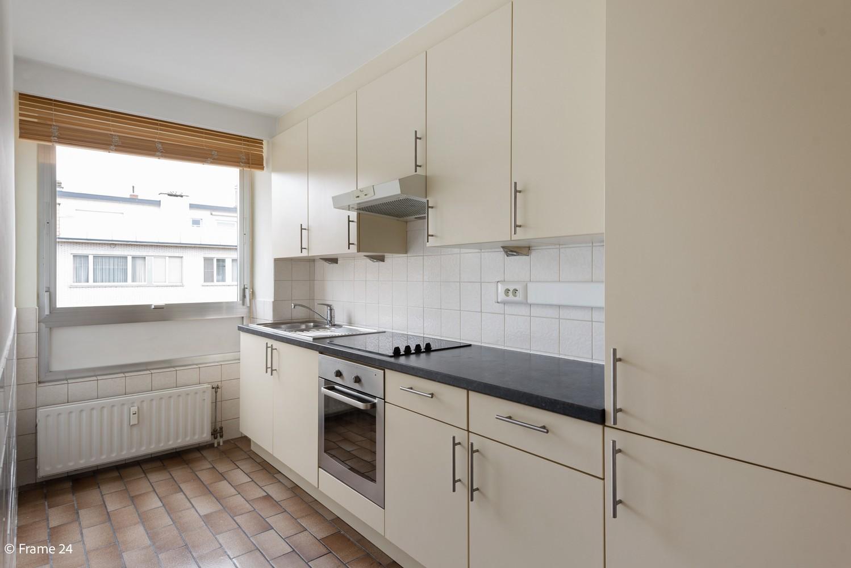 Zeer verzorgd appartement met twee slaapkamers, terras én lift te Deurne! afbeelding 5