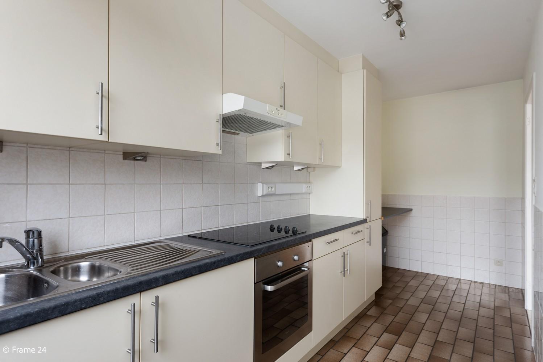 Zeer verzorgd appartement met twee slaapkamers, terras én lift te Deurne! afbeelding 6