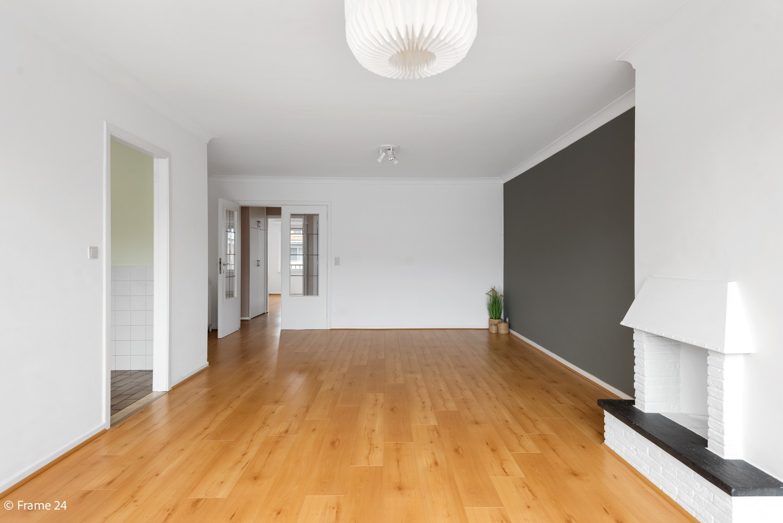 Zeer verzorgd appartement met twee slaapkamers, terras én lift te Deurne! afbeelding 4
