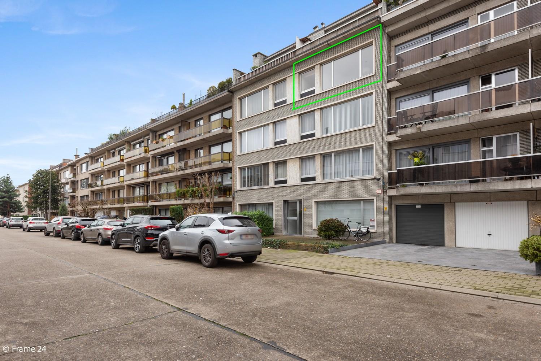 Zeer verzorgd appartement met twee slaapkamers, terras én lift te Deurne! afbeelding 16