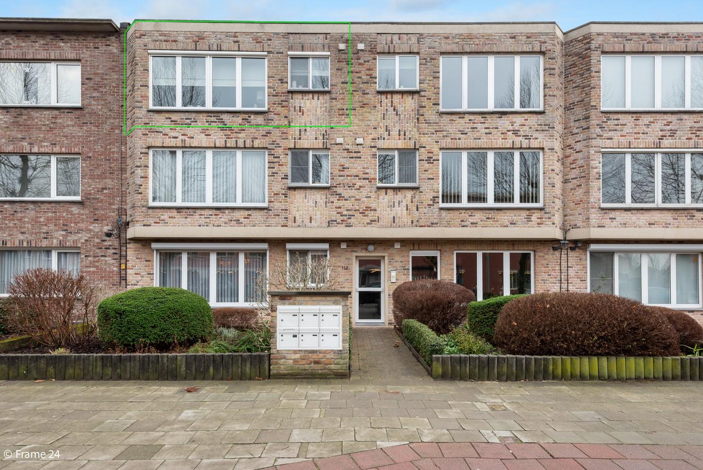 Mooi, lichtrijk appartement (85m²) met 2 slaapkamers & terras in Deurne! afbeelding 1