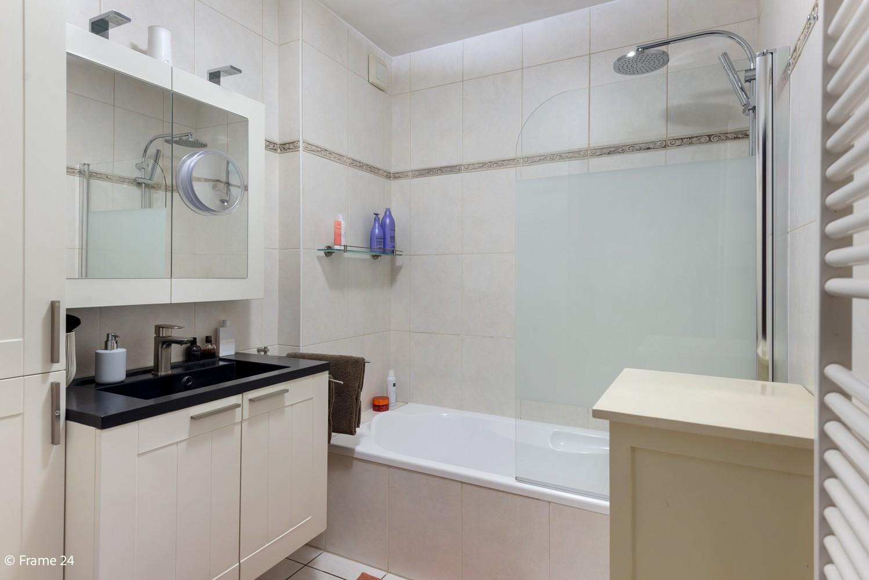 Mooi, lichtrijk appartement (85m²) met 2 slaapkamers & terras in Deurne! afbeelding 12