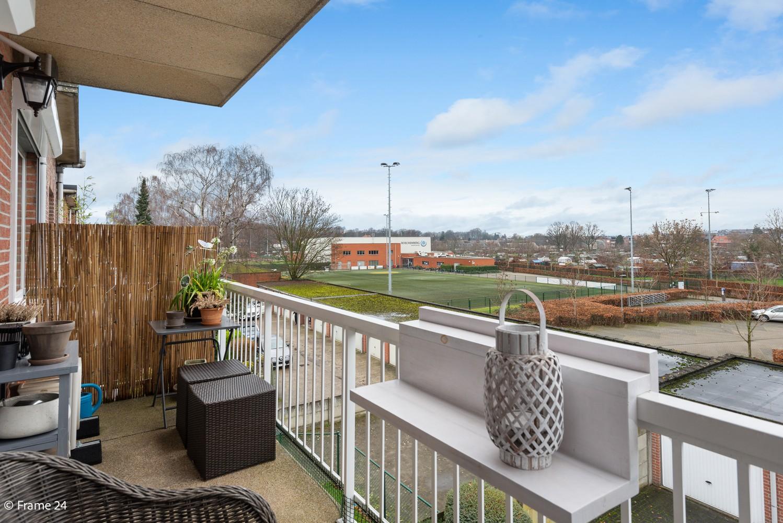 Mooi, lichtrijk appartement (85m²) met 2 slaapkamers & terras in Deurne! afbeelding 2