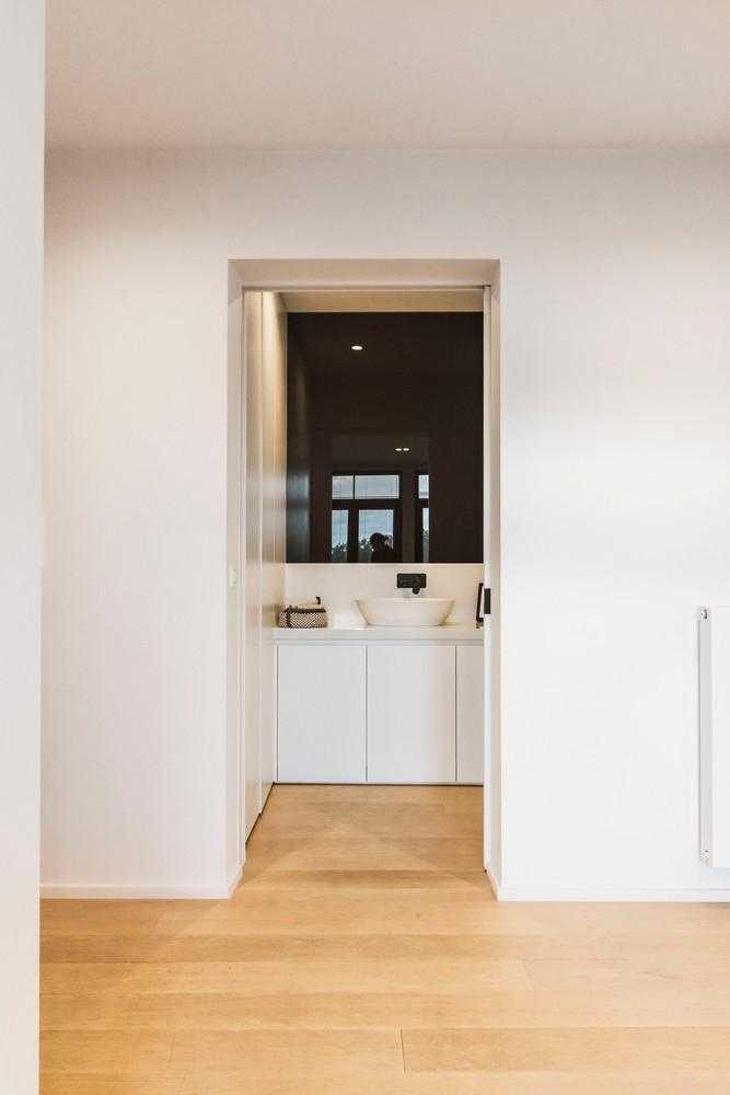 Luxueus gerenoveerde penthouse (230 m²) op uitstekende ligging te Antwerpen! afbeelding 13