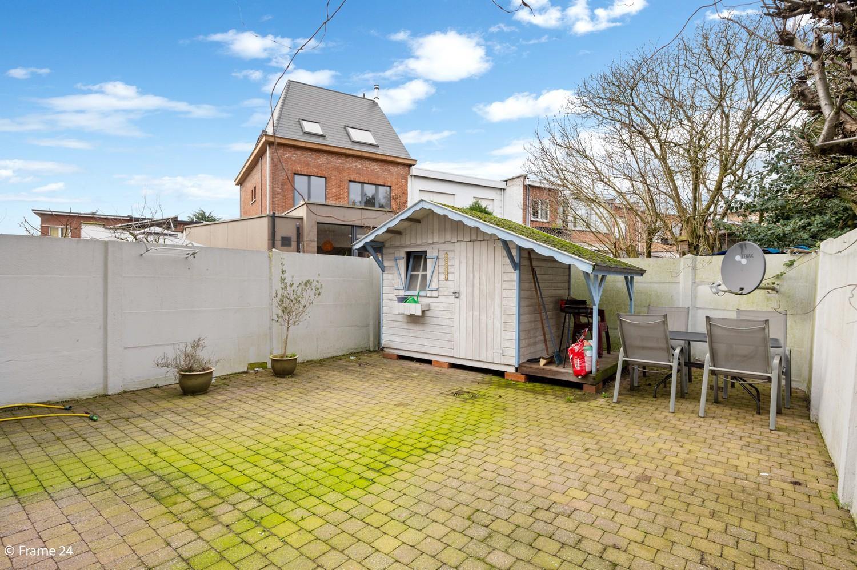Verzorgde ééngezinswoning met twee slaapkamers en tuin te Berchem! afbeelding 2