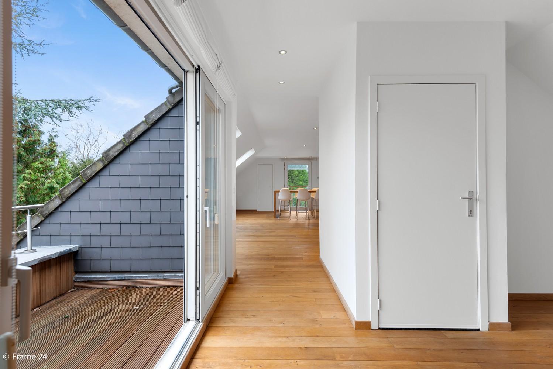 Prachtige en riante penthouse met twee slaapkamers te Kapellen! afbeelding 1