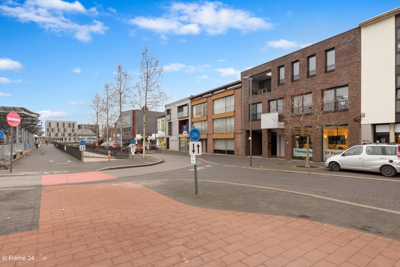 Prachtig, ruim handelsgelijkvloers (105m²) op een centrale locatie in Mortsel afbeelding 16
