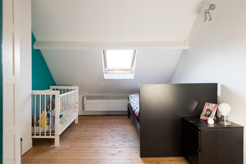 Ruim triplex-appartement met 6 à 7 slpks in centrum Schoten! afbeelding 16