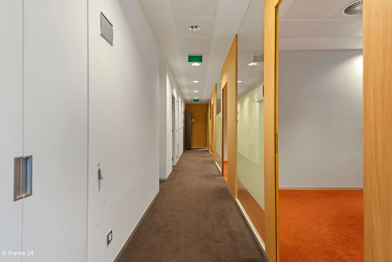 Gunstig gelegen handelsgelijkvloers van 170m² nabij het centrum van Wijnegem afbeelding 12