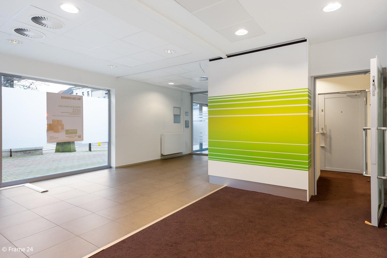 Gunstig gelegen handelsgelijkvloers van 170m² nabij het centrum van Wijnegem afbeelding 6