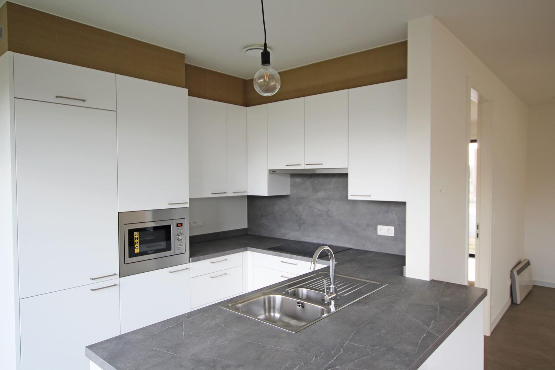 Prachtige, volledig afgewerkte nieuwbouw BEN-woning met E-peil 30 te Zandhoven! afbeelding 2