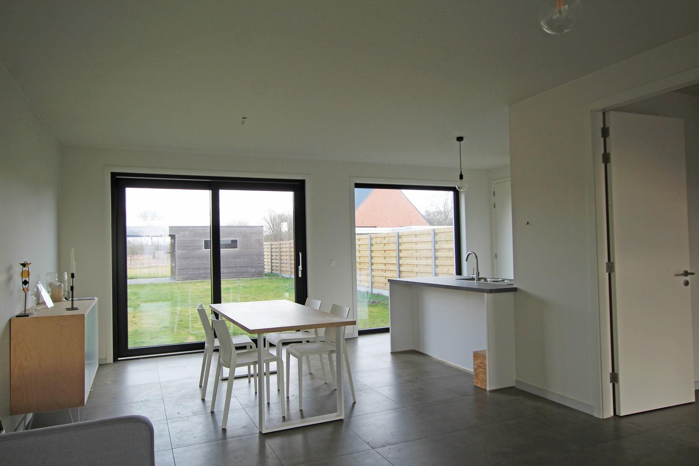 Prachtige, volledig afgewerkte nieuwbouw BEN-woning met E-peil 30 te Zandhoven! afbeelding 6