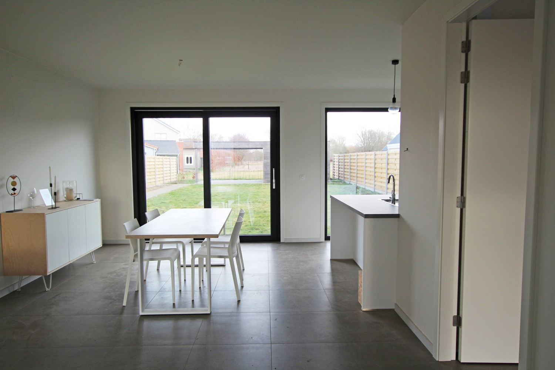 Prachtige, volledig afgewerkte nieuwbouw BEN-woning met E-peil 30 te Zandhoven! afbeelding 7