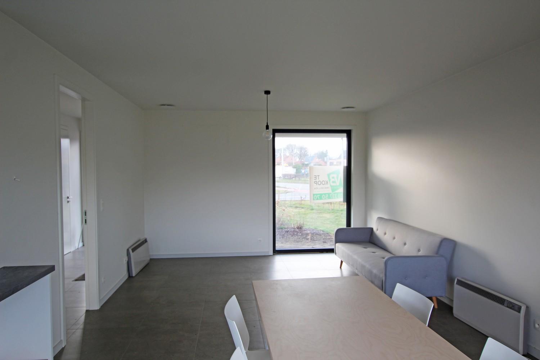Prachtige, volledig afgewerkte nieuwbouw BEN-woning met E-peil 30 te Zandhoven! afbeelding 8
