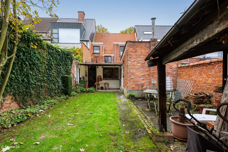 Op te frissen woning met veel potentieel, 3 slaapkamers en grote tuin in Ekeren! afbeelding 20