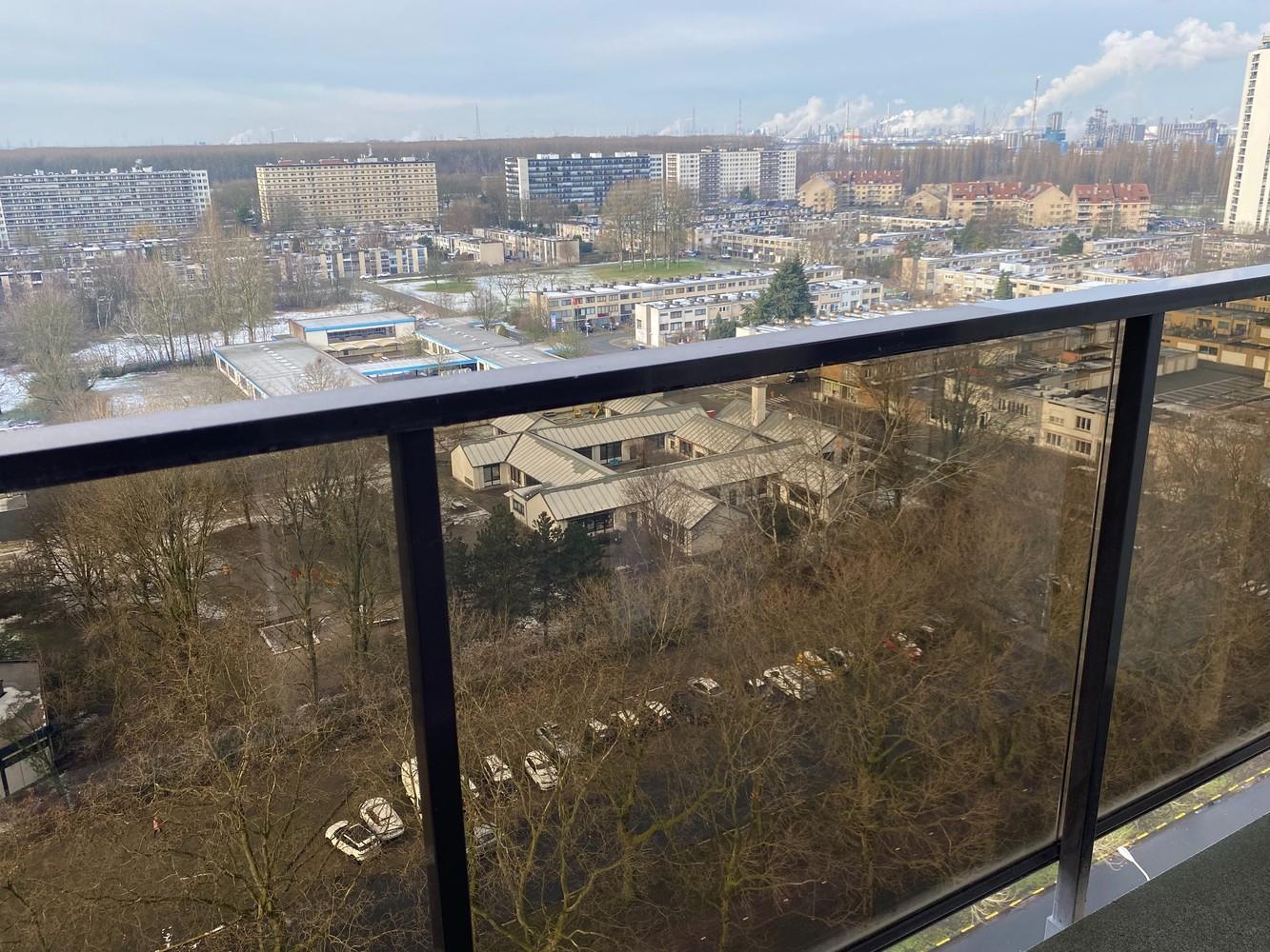 Lichtrijk, bemeubeld en ruim appartement met 2 slaapkamers & een uniek uitzicht over Antwerpen! afbeelding 18