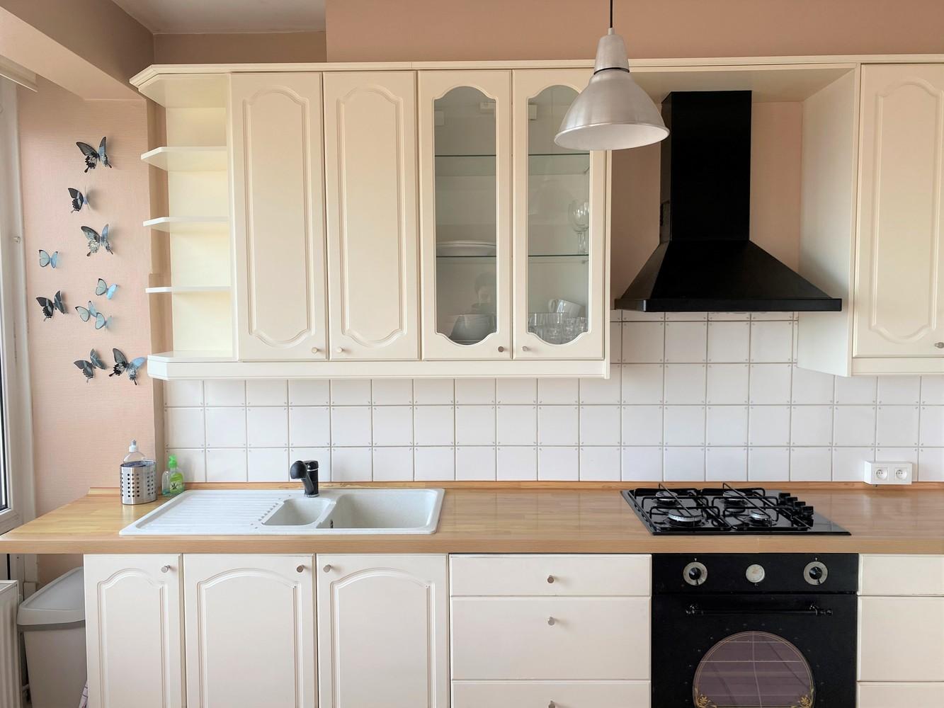 Lichtrijk, bemeubeld en ruim appartement met 2 slaapkamers & een uniek uitzicht over Antwerpen! afbeelding 10