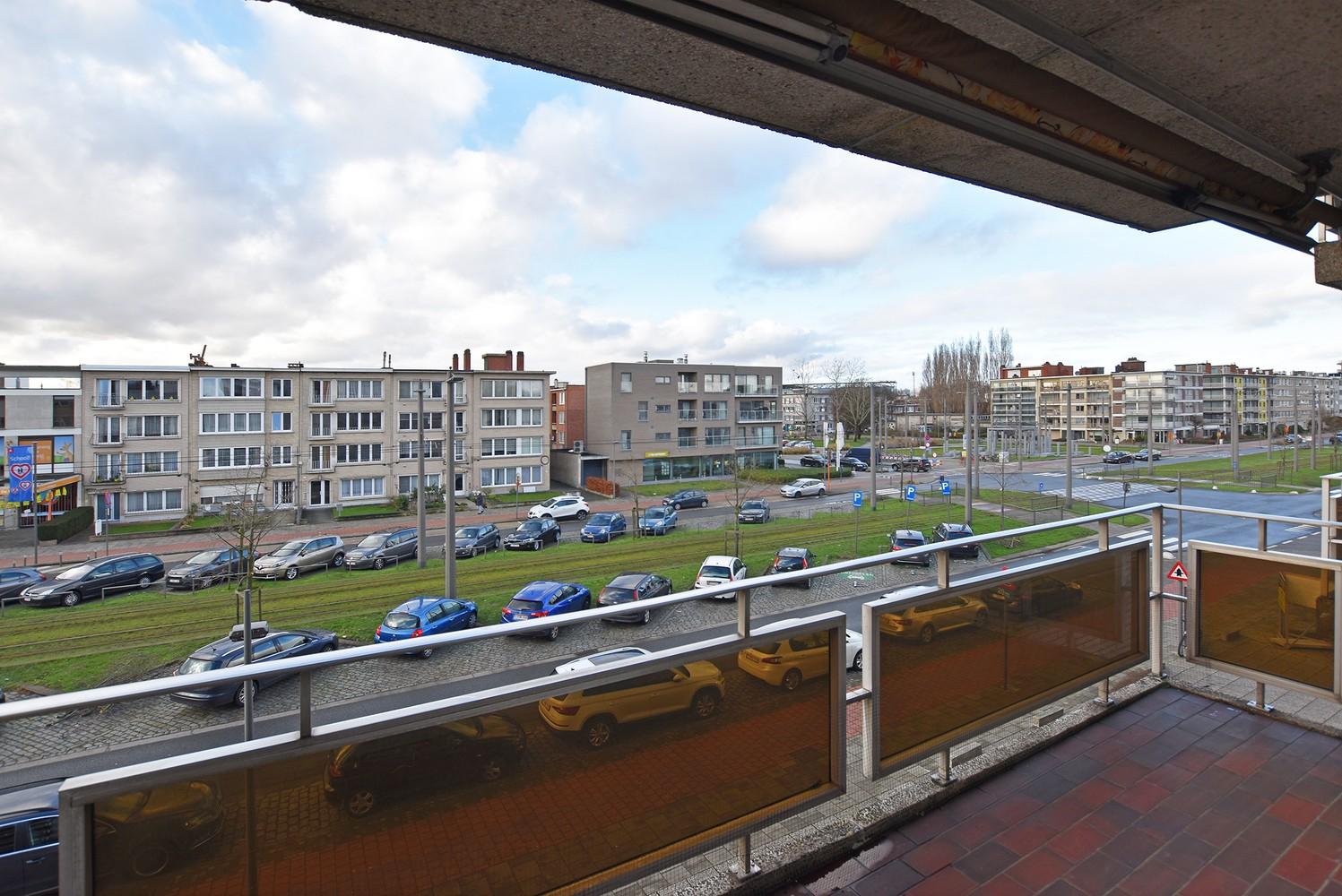 Verzorgd appartement met twee slaapkamers en twee terrassen te Deurne! afbeelding 2